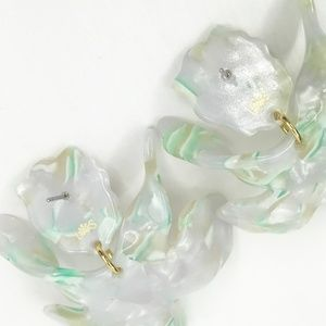 lele sadoughi Jewelry - LELE SADOUGHI | Small Paper Lily Earrings in Mint